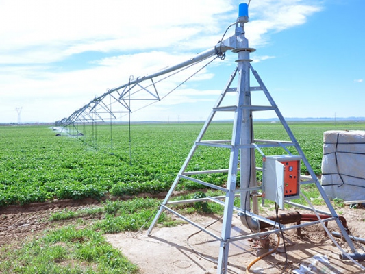 Machines d'irrigation à pivot central